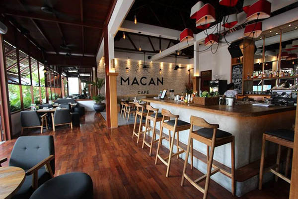 05. Macan Cafe